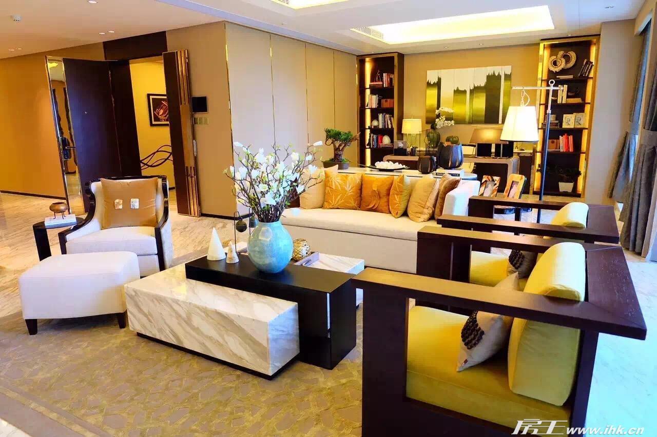 房王网 广州站  天誉半岛a3栋样板房 查看原图              图片类型